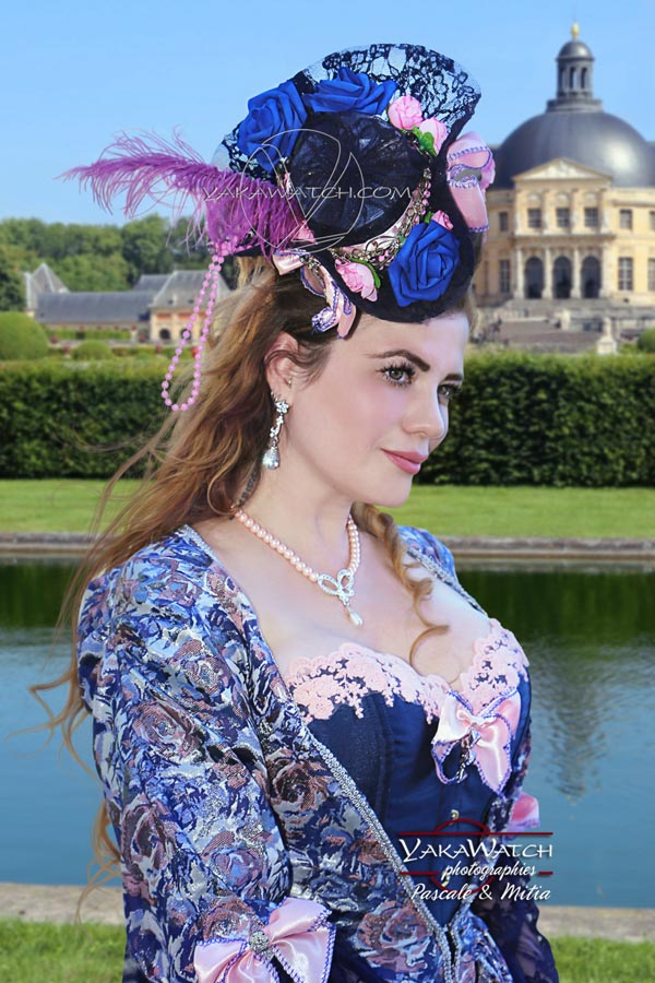 Vaux-le-vicomte, une journée grand siècle en costume de marquise