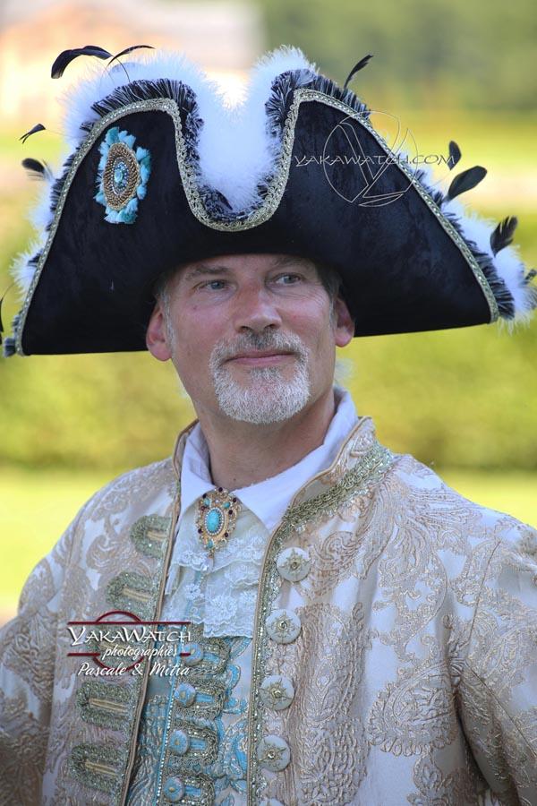 Une journée en costume historique et grand siècle au château  vaux-le-vicomte