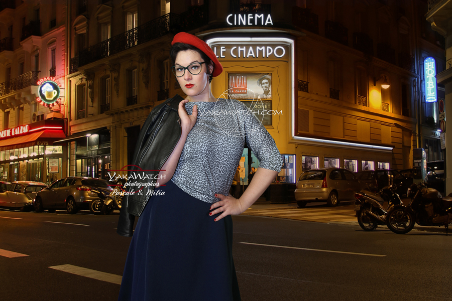 Devant le Champo, rétro fashion au quartier latin - Paris